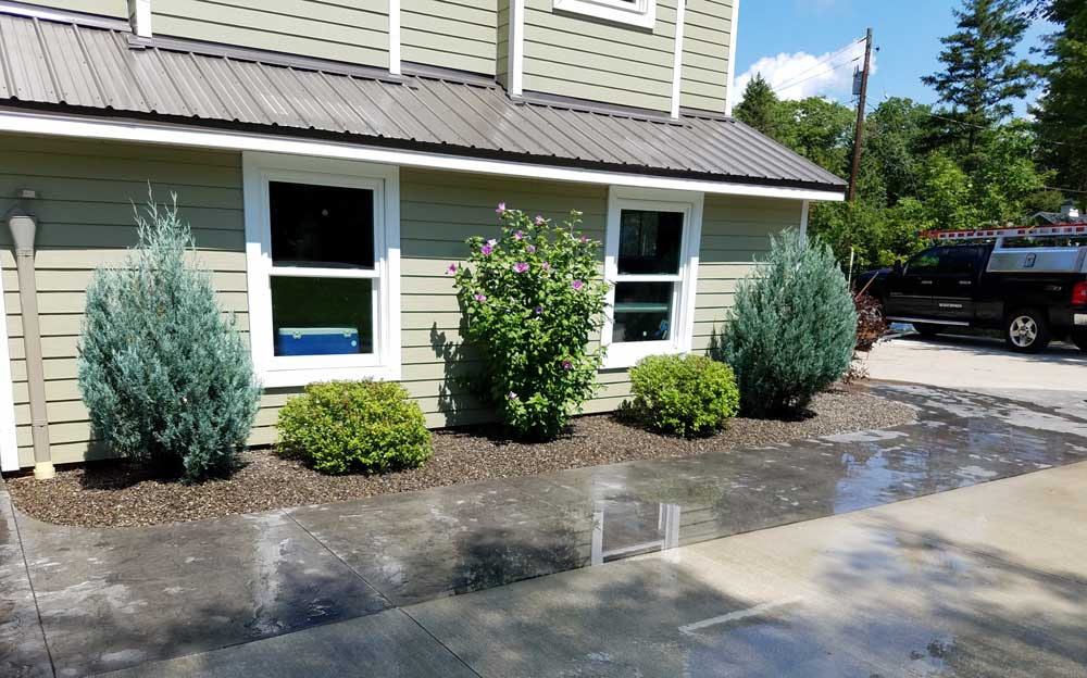Want to Give Your Yard a Much-Needed Face-Lift?